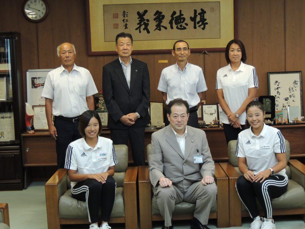 嶋岡会長、坂口/村上組らが表敬訪問。「マイナビジャパンツアー第5戦松山大会」開幕。