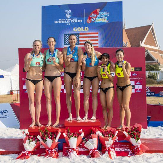 鈴木/坂口組、今季初戦で銅メダルを獲得。「FIVBワールドツアー 2-starシェムリアップ大会」。